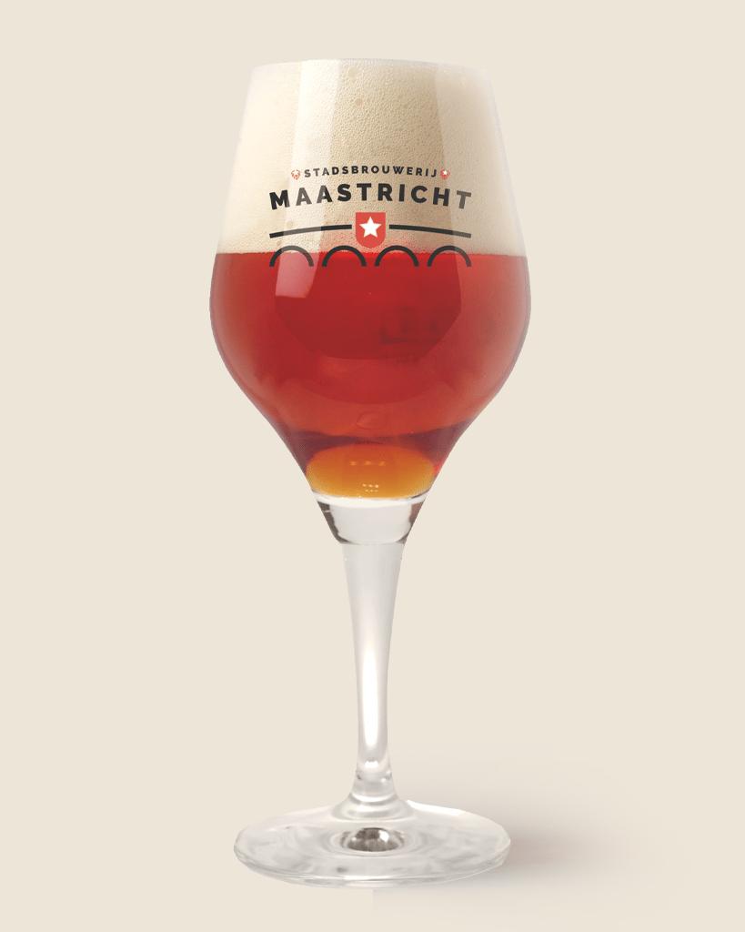 Stadsbrouwerij-Maastricht-bier-819×1024-in-glas-BEER1
