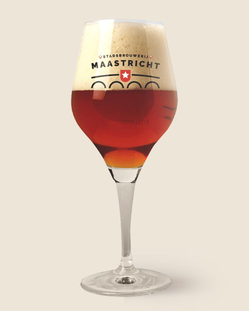 Stadsbrouwerij-Maastricht-bier-819×1024-in-glas-BEER3